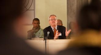 Willem van Bennekom, politiek advocaat reageert op de situatie van Jose Maria Sison.
